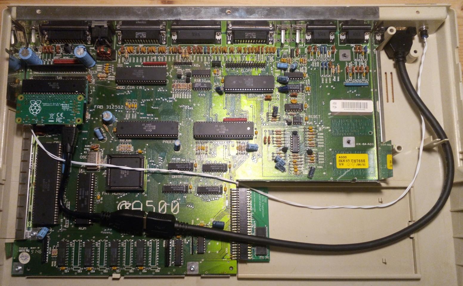 Amiga 500 HDMI out using Raspberry Pi and RGBtoHDMI